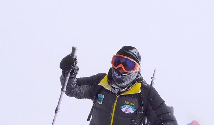 Sabrina acabou se apaixonando pela arte de escalar as montanhas (Foto: Reprodução / TV TEM)
