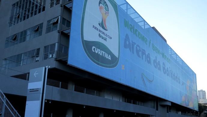 Fachada da Arena da Baixada, estádio do Atlético-PR (Foto: Fernando Freire)
