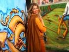 Karina Bacchi faz ensaio para o EGO em ruas grafitadas de São Paulo