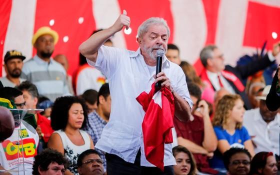 Lula em Brasília contra o impeachment (Foto: Sérgio Lima / ÈPOCA)