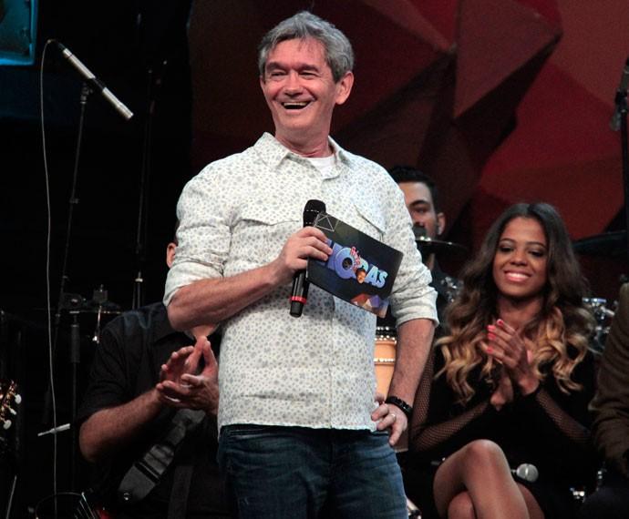 Serginho Groisman fica surpreso com homenagem dos amigos (Foto: Marcos Mazini/Gshow)