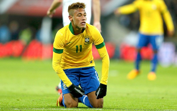 Neymar no jogo amistoso do Brasil x Inglaterra (Foto: Reuters)