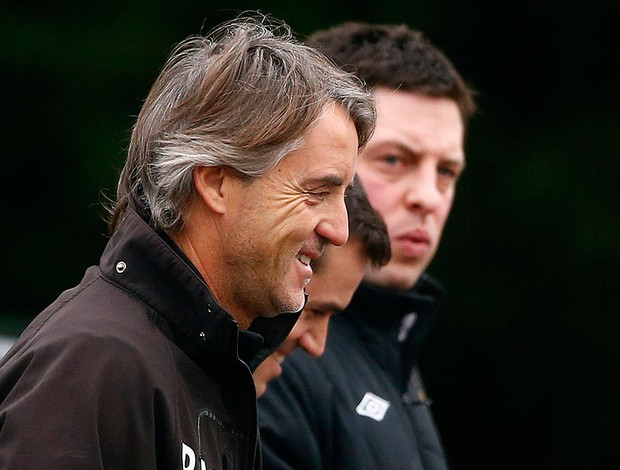 Roberto Mancini no treino do Manchester City (Foto: Reuters)