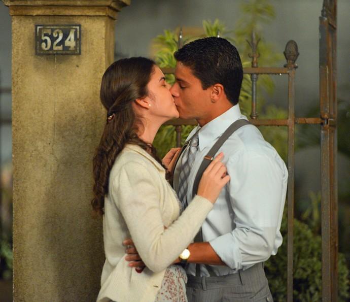 Osório e Gerusa são puro romance! (Foto: Pedro Carrilho/Gshow)