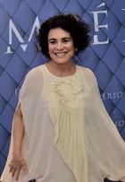 Regina Duarte vai com blusa descosturada à festa de 'Império'