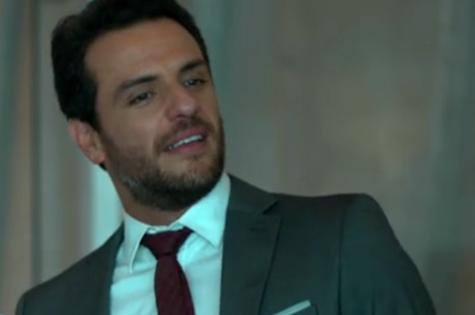 Rodrigo Lombardi é Alex em 'Verdades secretas' (Foto: Reprodução)