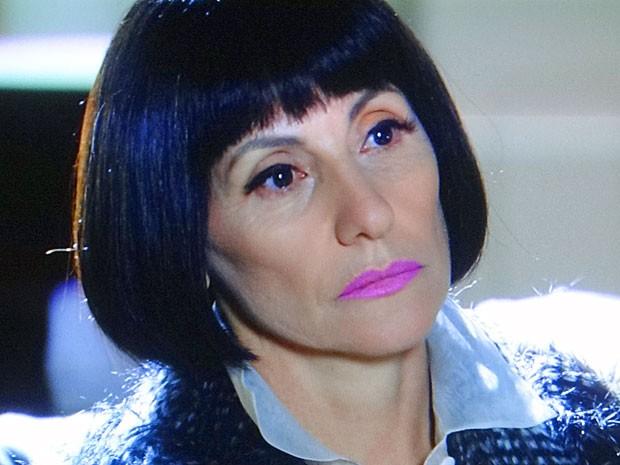 Melissa dá veneno a Amparo (Foto: Amor Eterno Amor / TV Globo)