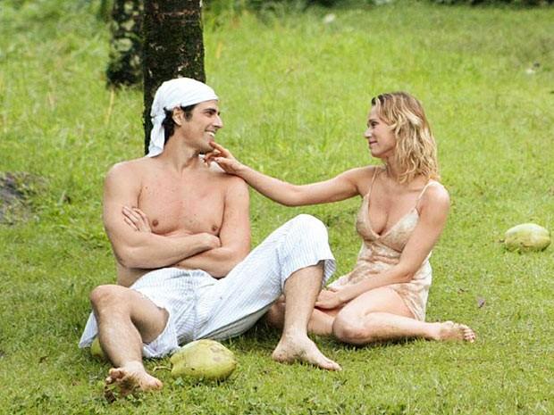 Ju diz que está amando Nando (Foto: Guerra dos Sexos / TV Globo)