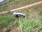 Carro capota na BR-401, em Roraima, após tentativa de ultrapassagem