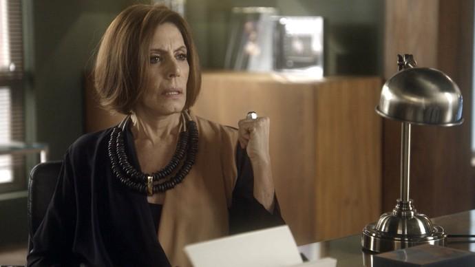 Gigi não desiste de separar Antonio e Ruty Raquel (Foto: TV Globo)