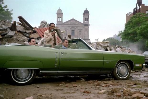 Papa Fuerte sabe que o Eldorado conversível era um ótimo negócio (Foto: Reprodução)