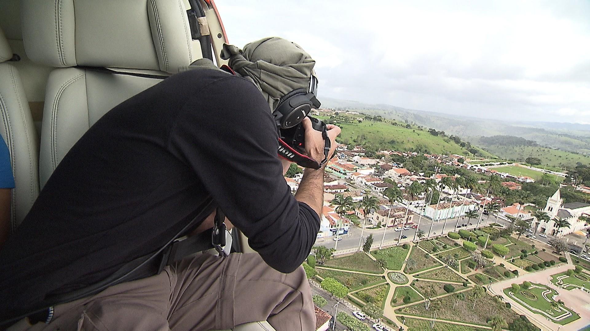 Fotógrafo Rui Rezende sobrevoa o Baixo Sul e a Baía de Todos os Santos (Foto: Divulgação)
