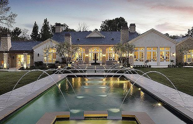 Famosos E Suas Piscinas Espetaculares Casa E Jardim