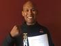 Na véspera da luta contra Whittaker, Jacaré renova contrato com o Ultimate