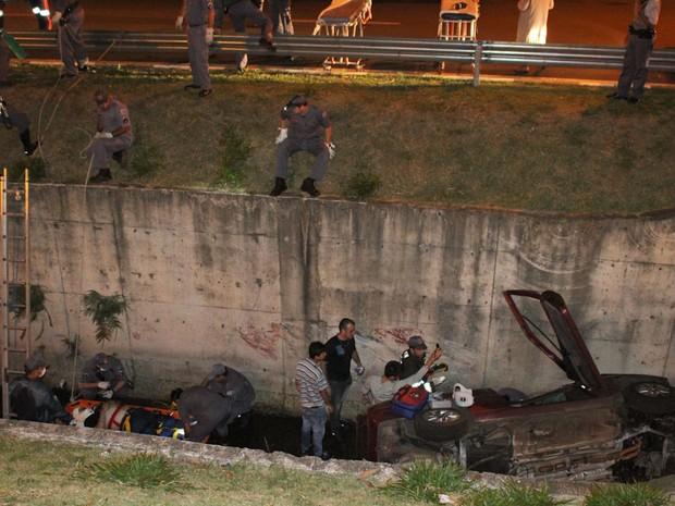 Bombeiros levaram 1 hora para conseguir socorrer vítimas em córrego de São Carlos (Foto: Maurício Duch/Arquivo pessoal)