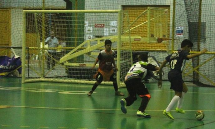 Auxiliadora x Encontro, Copa TV Grande Rio de Futsal (Foto: Emerson Rocha)