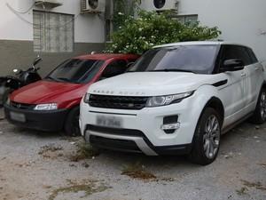 Empresário ostentava carro de luxo importado (Foto: Artur Lira/G1)