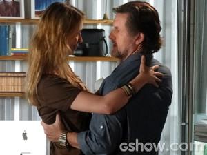 O mais novo casal da Comunidade?  (Foto: Além do Horizonte/ TV Globo)