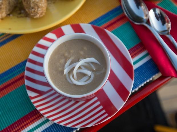 Bela Cozinha Vero - Ep. 2 - Coco - Mungunz com leite de coco (Foto: Joo Franco)