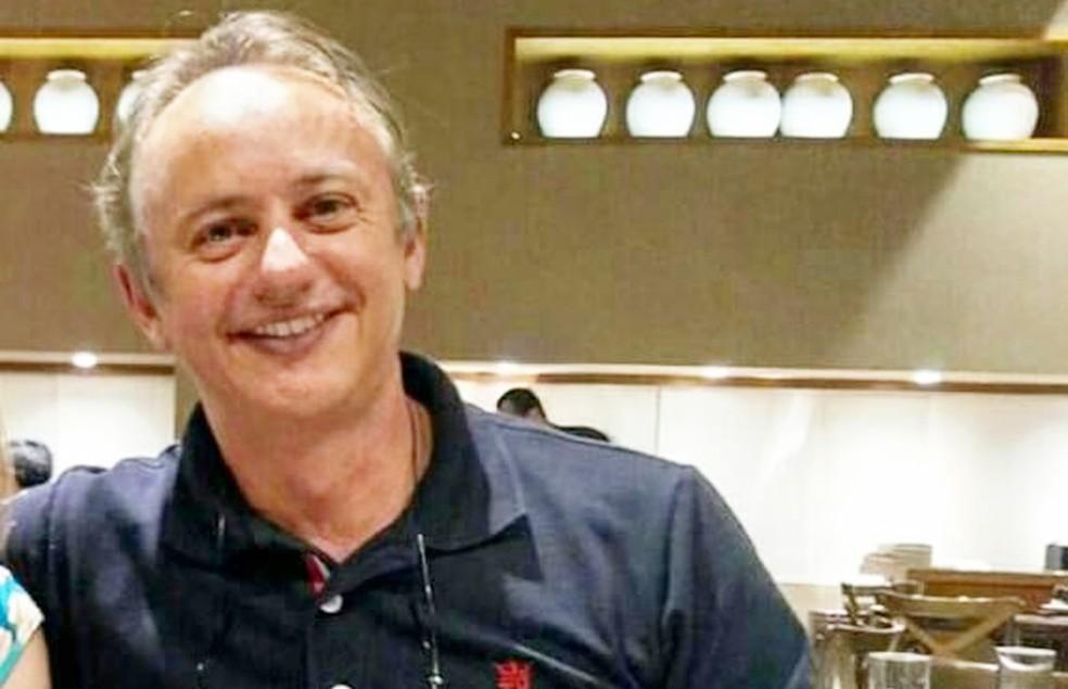Magnus Vinícius Pinheiro de Souza, de 55 anos, foi baleado e acabou morrendo no local do crime  (Foto: Arquivo PessoaL)