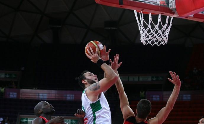 Caio Torres seleção de basquete (Foto: Fiba/Divulgação)