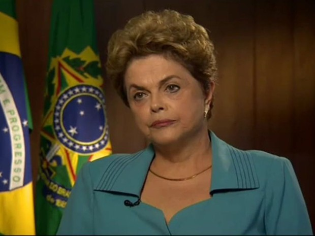 A presidente Dilma Rousseff durante entrevista à emissora norte-americana CNN (Foto: Reprodução/Twitter/Christiane Amampour/CNN)