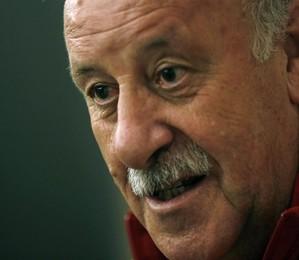 O treinador da Espanha, Vicente del Bosque diz que o time vai jogar atento, mas sem perder sua identidade (Foto: EFE/Felipe Trueba)