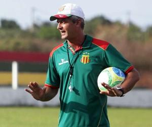 Lisca é demitido e Vinícius Saldanha assume o Sampaio até o fim de 2014