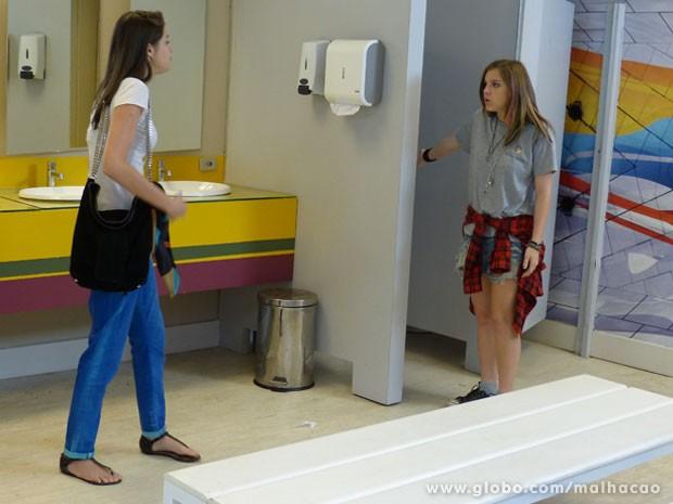 Climão entre bffs de novo! Saca a dura que a Lia vai dar na Ju! (Foto: Malhação / Tv Globo)