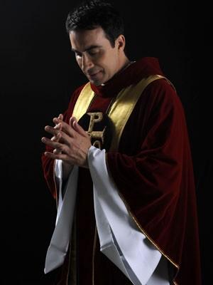 Padre Fábio de Melo em missa de seu novo DVD, 'Queremos Deus' (Foto: Divulgação)
