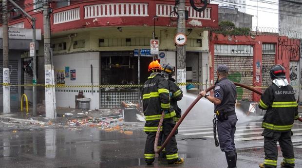 Bar: explosão deixou feridos (Foto: Estadão Conteúdo)