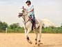 Rodrigo Lombardi pratica equitação para viver protagonista em Salve Jorge (Foto: TV Globo / João Miguel Júnior)
