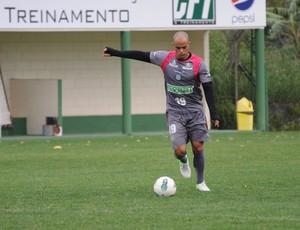 Julio Cesar, Figueirense (Foto: Savio Hermano / GLOBOESPORTE.COM)