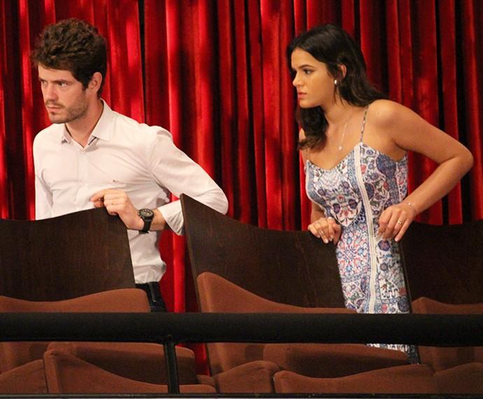 Ben e Mari tentam convencer Dona Izabelita que ela não deveria confiar em Dom Peppino (Foto: Fábio Rosso/Gshow)