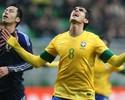 Roger destaca gol de Kaká: 'Correu 50 metros e bateu com a perna ruim'