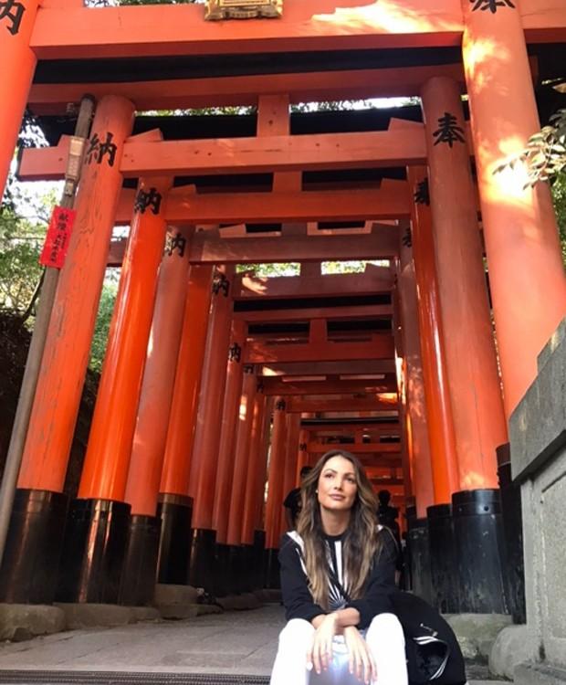 Patrícia Poeta em templo japonês (Foto: Reprodução/Instagram)