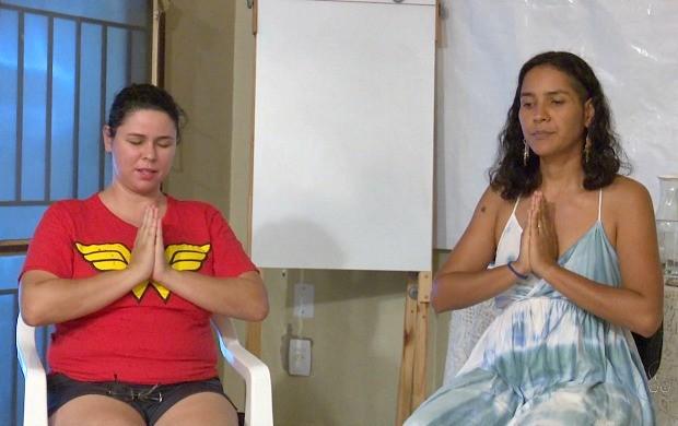 Grupo se reúne para praticar meditação, em Guajará-Mirim (Foto: Bom Dia Amazônia)