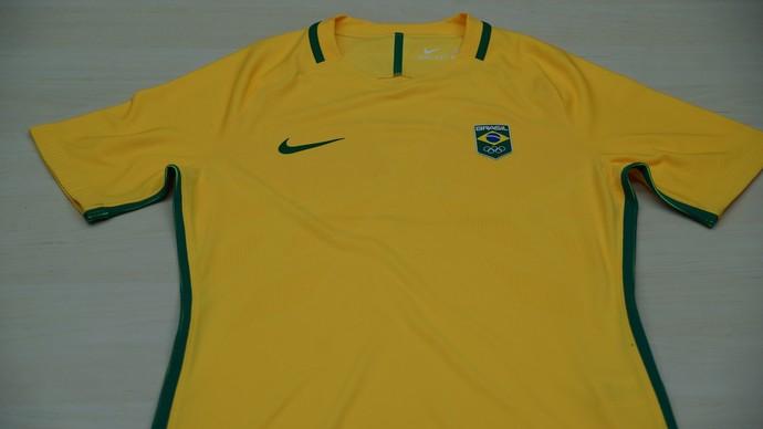 Escudo ou bandeira  Veja a evolução do uniforme do futebol olímpico 88897724d613f