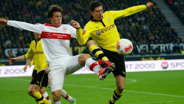 Lewandowski sakai Borussia Dortmund x Stuttgart  (Foto: Reuters)