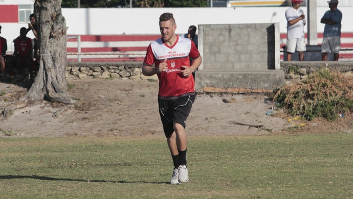 João Ricardo, goleiro do Sergipe (Foto: Osmar Rios / GloboEsporte.com)