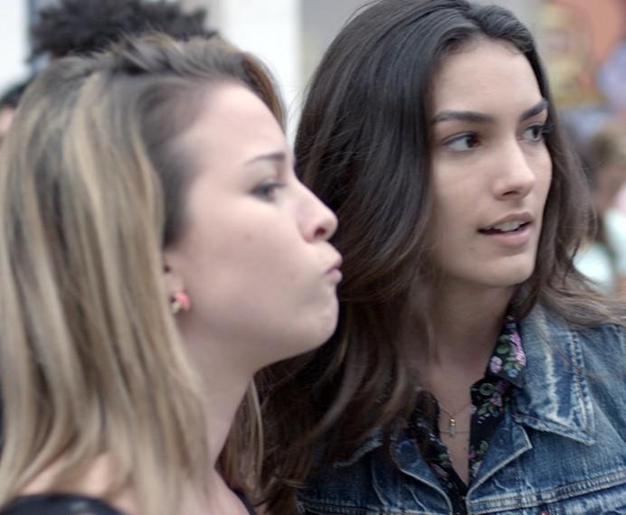 Luciana sente ciúme de Rodrigo (Foto: TV Globo)