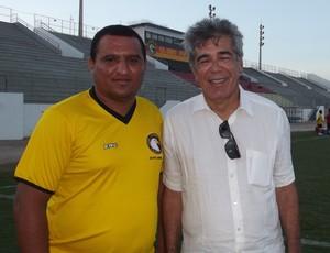 Treinador Higor César e presidente Marconi Barretto comemoram boa fase do Globo (Foto: Klênyo Galvão)