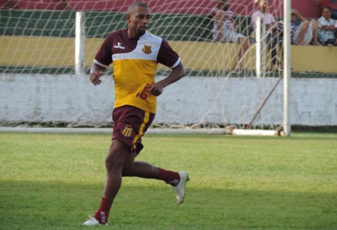 Atacante Robert é um dos principais jogadores do Sampaio Corrêa na atual temporada (Foto: Sampaio/Divulgação)