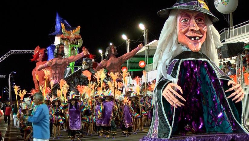 A alegria, descontração e o samba no pé de quem faz o carnaval em Macapá (Foto: Zappeando)