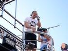 Wesley Safadão leva arrocha para o último dia de carnaval em Salvador