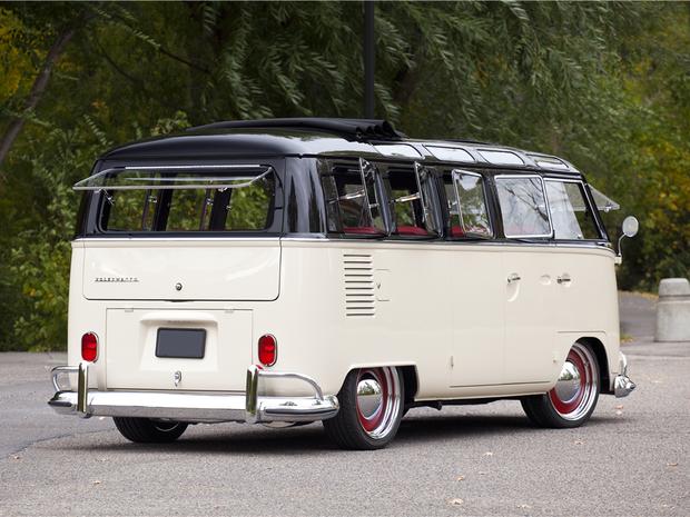 Kombi de 1965 foi vendida por mais de US$ 300 mil (Foto: Divulgação)