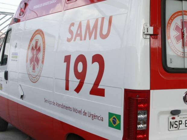 Ambulância foi assaltada na tarde desta quinta-feira, 31. (Foto: Carlos Borges/O Liberal)