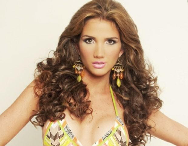 Génesis Carmona foi eleita Miss Turismo Carabobo 2013 (Foto: Reprodução/Facebook/Genesis Carmona)