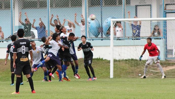 Nacional-AM vs Rio Negro-AM (Foto: Anderson Silva/Globoesporte.com)