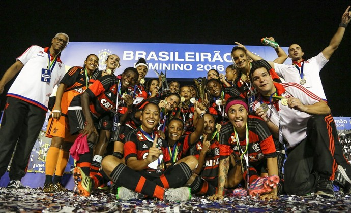 Flamengo levou o Campeonato Brasileiro feminino em 2016 (Foto: RICARDO STUCKERT/CBF)